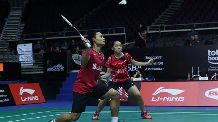 Pasangan ganda campuran Indonesia, Akbar Bintang Cahyono/Winny Oktavina Kandow. - INDOSPORT