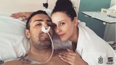 Indosport - Eks Liverpool, Jose Enrique, saat harus menjalani operasi tumor otak langka.