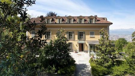 Villa mewah Ronaldo di Turin - INDOSPORT