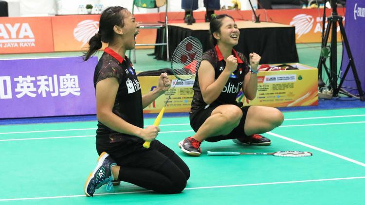 Febriana Dwipuji Kusuma/Ribka Sugiarto berhasil menjuarai Kejuaraan Asia Junior 2018 usai menundukkan pasangan Malaysia Pearly Koong Le Tan/Ee Wei Toh. Copyright: Humas PBSI