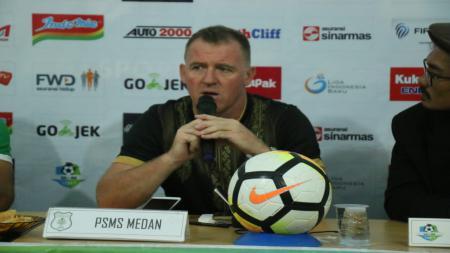 Peter Butler, pelatih baru PSMS Medan. - INDOSPORT