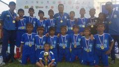 Indosport - Akademi Persib Cimahi Juara DCT U-12 2018 di China.