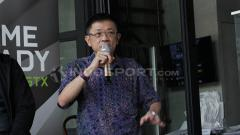 Indosport - Meski pandemi, industri eSports mengalami lonjakan yang sangat baik di Indonesia. Hal tersebut dibenarkan oleh Ketua IESPA, Eddy Lim.
