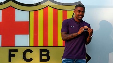 Malcom resmi diperkenalkan sebagai pemain baru Barcelona. - INDOSPORT