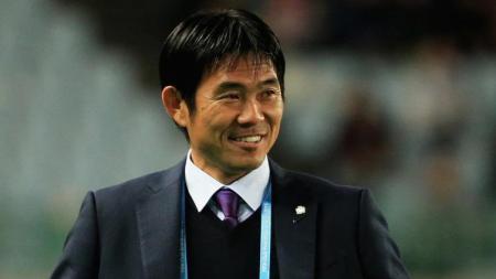Usai dihajar Arab Saudi, Asosiasi Sepak Bola Jepang (JFA) tengah mempertimbangkan untuk memecat pelatih timnas Jepang bernama Hajime Moriyasu. - INDOSPORT