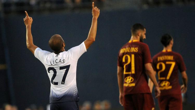 Selebrasi Lucas Moura Saat Menjebol Gawang AS Roma Copyright: http://tothelaneandback.com