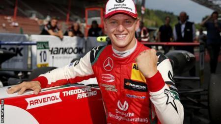 Mick Schumacher, putra legenda Formula 1 Michael Schumacher - INDOSPORT