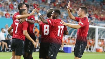Alexis Sanchez (Manchester United) saat merayakan gol pertamanya dalam pertandingan persahabatan pra-musim antara Manchester United vs Real Madrid di Stadion Hard Rock, Rabu (31/07/18), Florida. - INDOSPORT