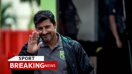 Alfredo Vera mundur dari kursi pelatih Persebaya Surabaya. - INDOSPORT