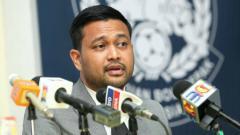 Indosport - Sekjen FAM, Stuart Ramalingam, akhirnya memberikan jawaban mengenai tantangan yang diberikan Edy Rahmayadi.