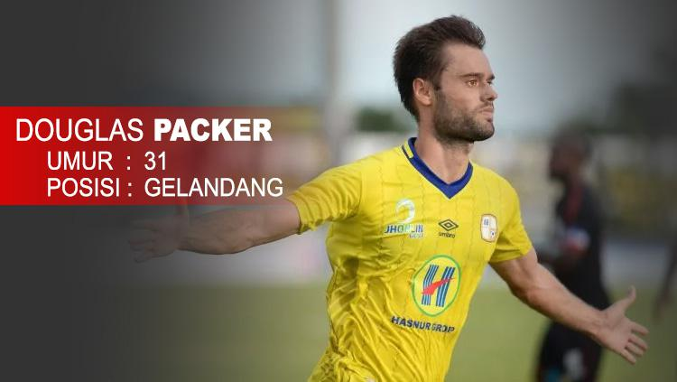 Barito Putera (Douglas Packer) Copyright: Indosport.com
