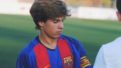 Indosport - Wonderkid Barcelona, Riqui Puig, yang digadang-gadang cocok jadi penerus Andres Iniesta.