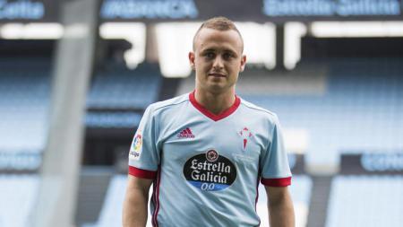 AC Milan sedang mengincar pemain Celta Vigo, Stanislav Lobotka, dikarenakan proses perekrutan gelandang Fiorentina, Jordan Veretout, berjalan alot. - INDOSPORT