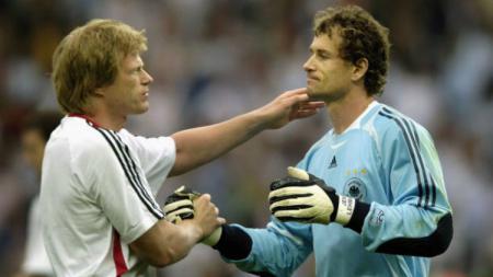 Oliver Kahn (kiri), masuk jajaran petinggi klub Bundesliga Jerman, Bayern Munchen, dan akan menggantikan Karl-Heinz Rummenigge. - INDOSPORT