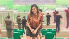Indosport - Jessie Amalia, Jakangel Cantik penggemar sang legenda Persija Jakarta.