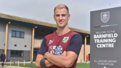 Indosport - Joe Hart, kiper Burnley.