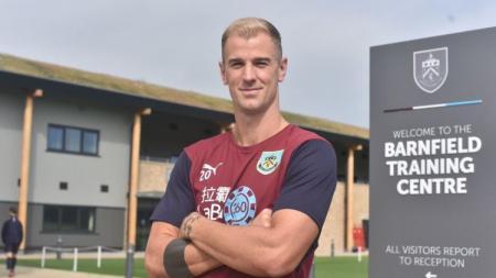 Joe Hart Resmi Bergabung ke Burnley - INDOSPORT