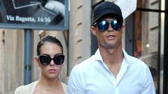 Indosport - Cristiano Ronaldo juga akan membagi kekayaannya ke sang kekasih, Georgina Rodriguez dan anak-anak mereka.