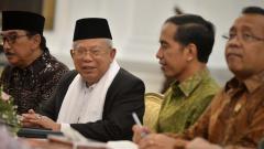 Indosport - Ma'ruf Amin saat diundangan ke istana kepresidenan Joko Widodo.