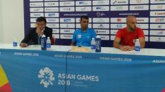 Indosport - Konferensi pers tim Palestina usai pertandingan.