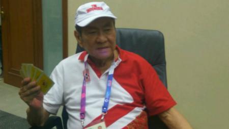 Atlet tertua di kontingen Indonesia untuk cabang olahraga, Bridge. - INDOSPORT