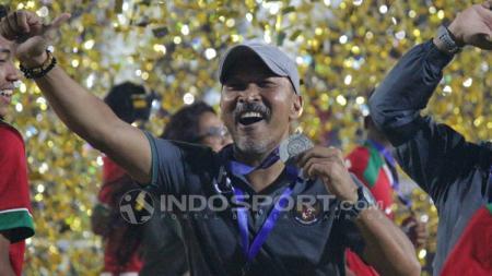 Selebrasi Fakhri Husaini setelah Indonesia menjuarai Piala AFF U-16. - INDOSPORT