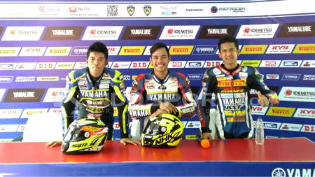 Rapid Topan (paling kanan), Reynaldi Pradana, dan Syahrul Amin. - INDOSPORT