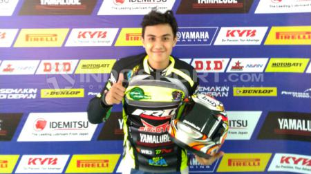 Pembalap tim Yamaha R25 Owners Indonesia (YROI), Hafiz Al Resky. - INDOSPORT