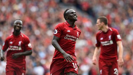 Sadio Mane merayakan gol keduanya ke gawang West Ham United - INDOSPORT