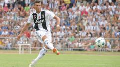 Indosport - Cristiano Ronaldo saat tampil perdana membela Juventus