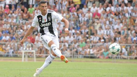 Cristiano Ronaldo saat tampil perdana membela Juventus di laga pramusim. - INDOSPORT