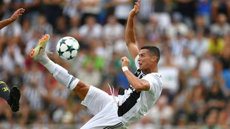 Cristiano Ronaldo saat tampil perdana membela Juventus - INDOSPORT