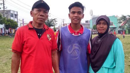 Ibu Kapten Timnas U16 Ingin Saksikan Langsung Dari Sisi Lapangan. - INDOSPORT