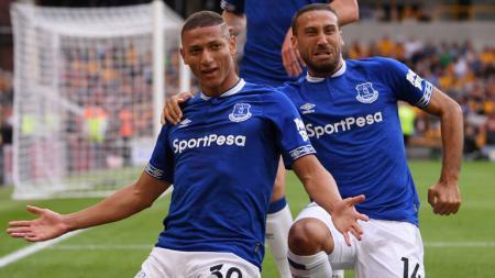 Richarlison dan Dominic Calvert Lewin mampu bawa Everton merangkak ke papan tengah Liga Inggris di pekan ke-26. - INDOSPORT