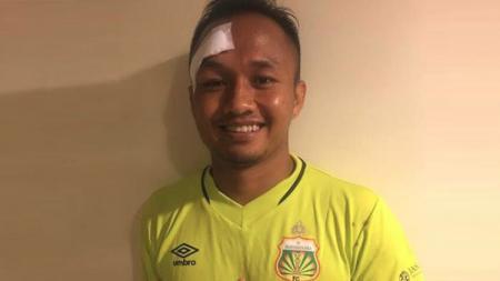 Kiper Bhayangkara FC, Wahyu Tri Nugroho. - INDOSPORT