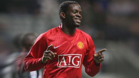 Penampilan tidak konsisten Manchester United di bawah asuhan Ole Gunnar Solskjaer musim ini membuat legenda Setan Merah, Louis Saha, buka suara. - INDOSPORT