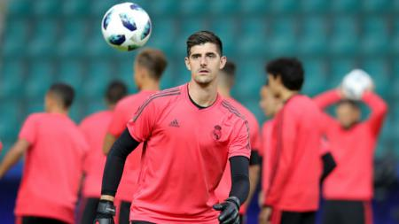 Thibaut Courtois dalam sesi latihan jelang UEFA Super Cup 2018, Real Madrid vs Atletico Madrid. - INDOSPORT