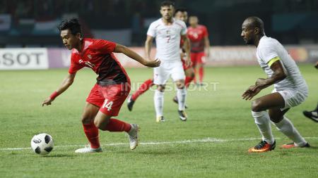 Rumor bursa transfer ajang Liga 1 2020 mendatang membuat PSIS Semarang berhasil amankan anak asuh Luis Milla dulu dan Persebaya sukses menggaet 3 pemain anyar. - INDOSPORT
