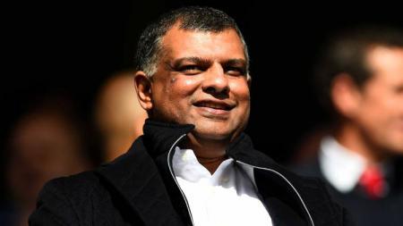 Mengungkap skandal suap Tony Fernandes si pemilik Queen Park Rangers yang akan menantang Garuda Select - INDOSPORT
