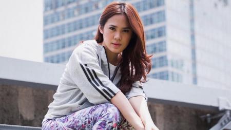 Musisi muda Indonesia, Sheryl Sheinafia, ikut meriahkan Indonesia Open 2019. - INDOSPORT