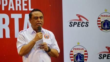 Dewan Pembina Persija Jakarta Komjen Pol. Syafruddin. - INDOSPORT