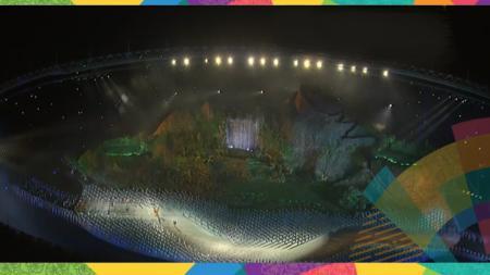 Kemegahan dalam Stadion Gelora Bung Karno dalam pembukaan Asian Games 2018. - INDOSPORT