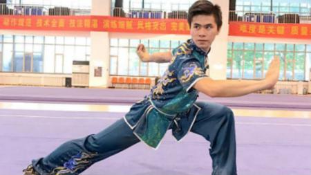 Atlet wushu Indonesia, Edgar Xavier Marvelo, berhasil meraih medali emas nomor Changquan pada Kejuaraan Dunia Wushu 2019 di Shanghai, China. - INDOSPORT