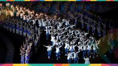 Indosport - Upacara pembukaan Asian Games 2018 menjadi saksi banyak pasang mata dunia dari momen bersejarah bersatunya Korea Selatan dan Korea Utara.