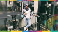 Indosport - Defia Rosmaniar, atlet taekwondo peraih emas pertama bagi Indonesia di Asian Games 2018.