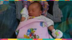Indosport - Seorang bayi berjenis kelamin perempuan buah cinta dari Yordania Denny dan Vera Nova diberi nama Adibah Asian Games.