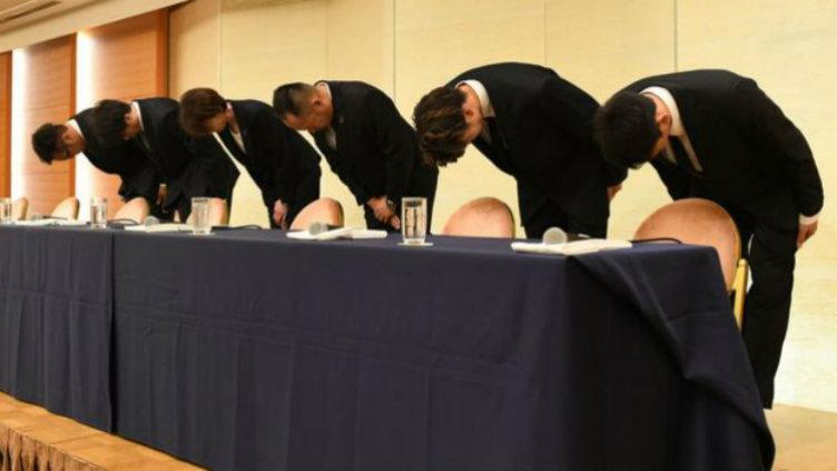 Atlet Basket Jepang yang terlibat Prostistusi memohon maaf di Tokyo, Senin (20/08/18). Copyright: AFP