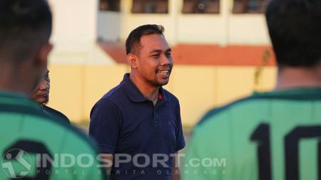 Candra Wahyudi manajer Persebaya Surabaya. - INDOSPORT