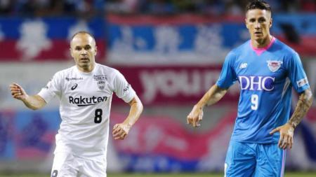 Andres Iniesta (kiri) dan Fernando Torres (kanan) kini sama-sama bermain di Liga Jepang - INDOSPORT