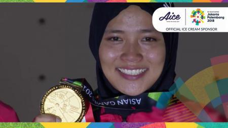 Julukan Spiderwoman diberikan netizen Indonesia setelah Aries Susanti Rahayu meraih medali emas. - INDOSPORT